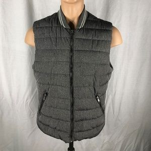 H & M 42 R Gray Puffer Vest with Three Pockets Zip